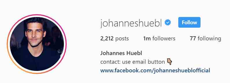 johannes Huebl fashion blogger on youtube